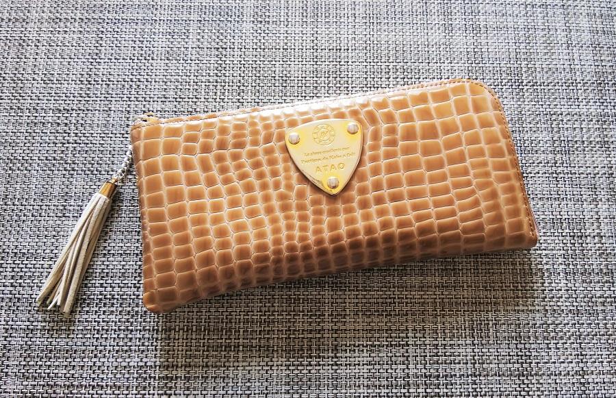 アタオ リモルアン 財布 正面全体写真