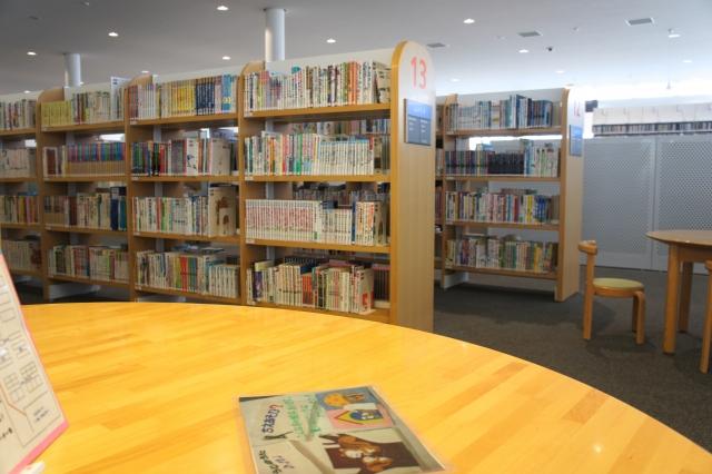 図書館の館内の写真
