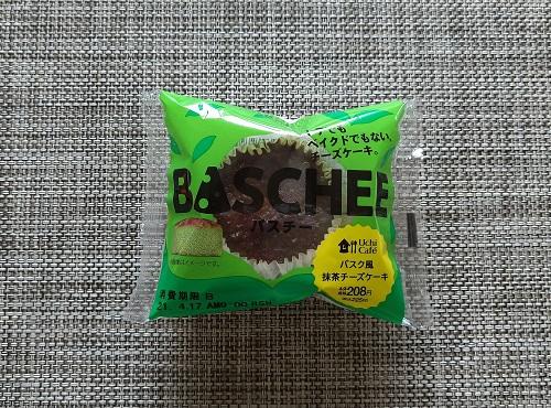 ローソン バスチー「バスク風抹茶チーズケーキ」の商品パッケージ